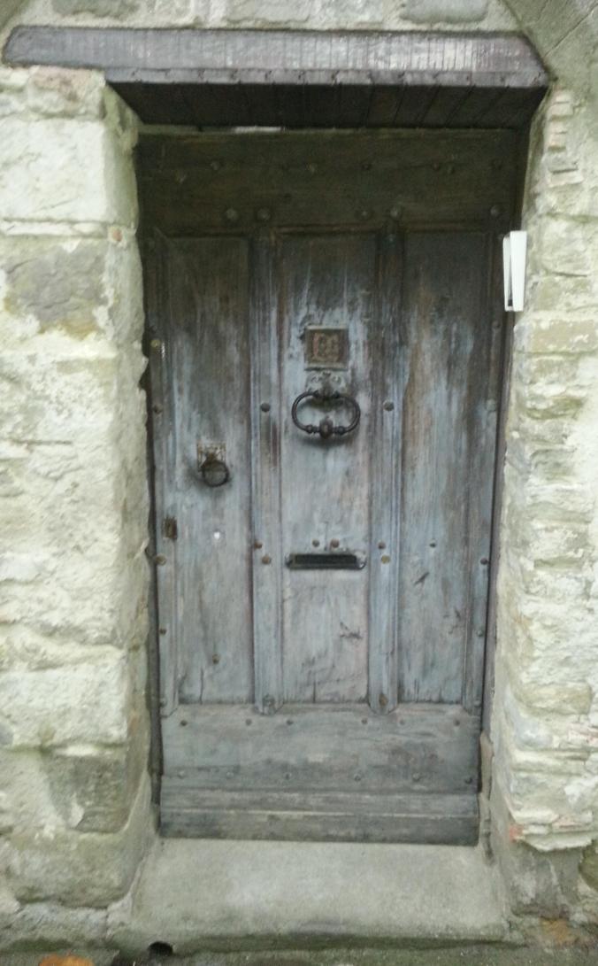 Dörr 4