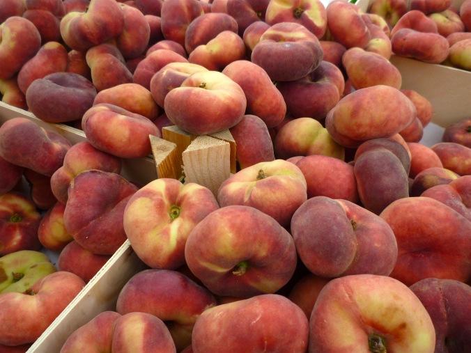 flat-peaches