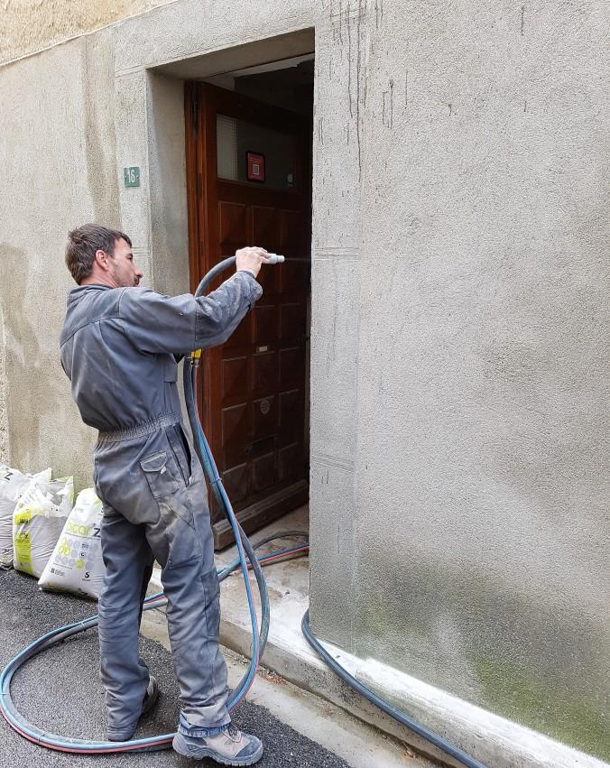 blästring vägg graffitti