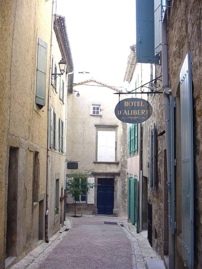 296.Hotel in Caunes