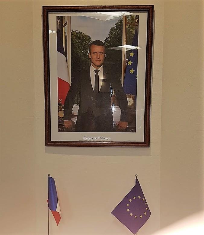 Macron portrait france.jpg