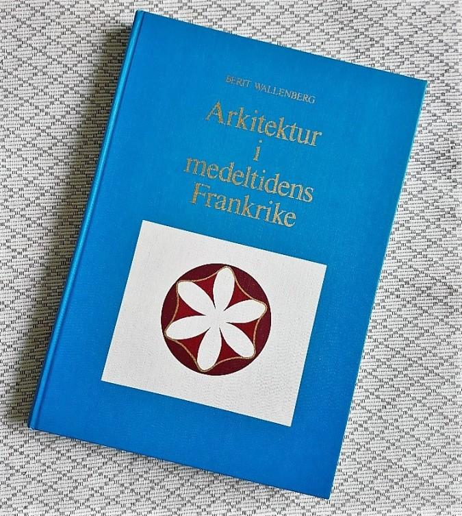 bok medeltid arkitektur