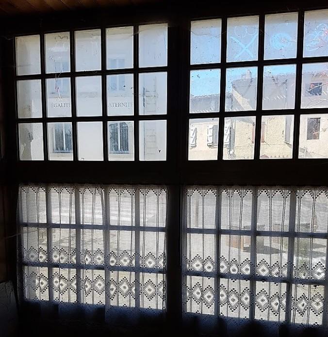 fönster egalite fraternite.jpg