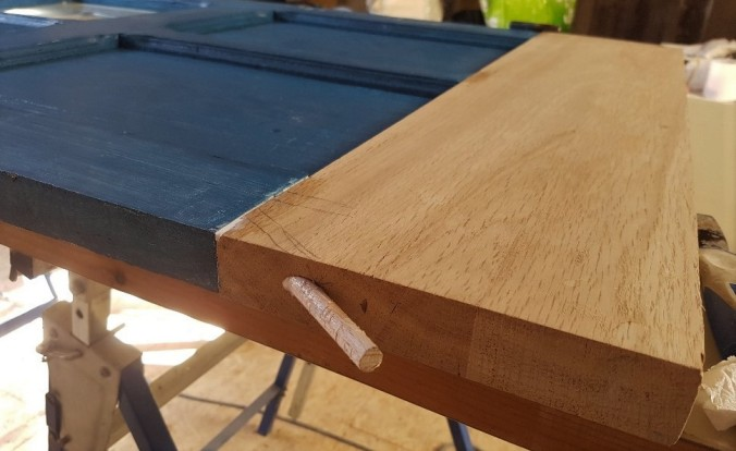träplugg dörr frankrike