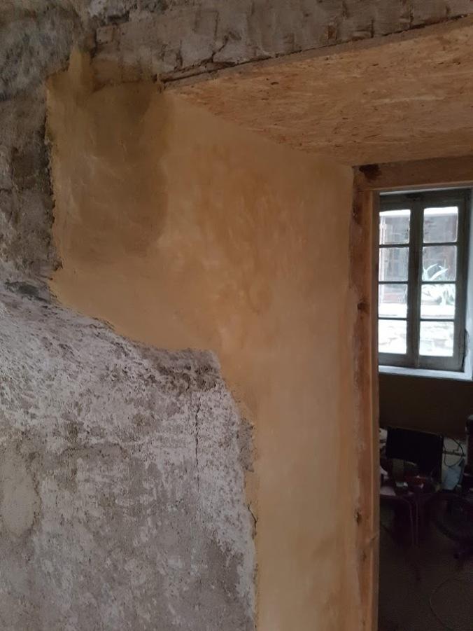 mur chambre avec enduit